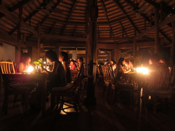 The dinner by candlelight in Miniloc Island Resort