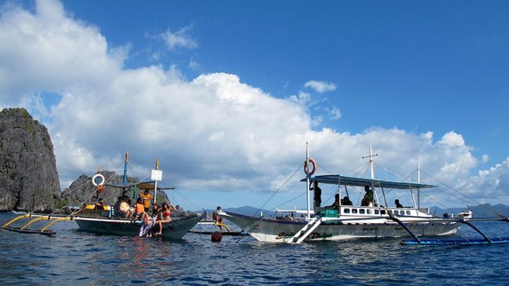 Sharing buoys is always fun!
